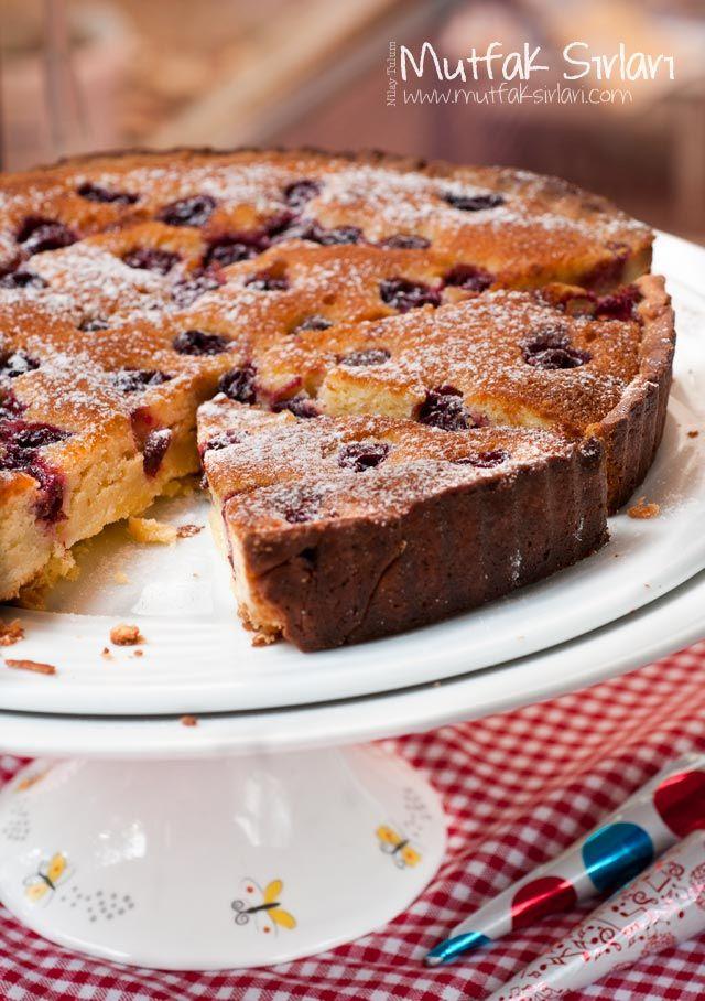 Badem Kremalı Vişneli Tart   Mutfak Sırları