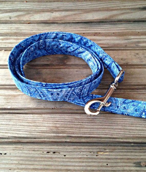 This handmade Furever Gracie Blue Paisley Print Leash is custom made for you with cotton fabric and thick, quality interfacing that reinforces the fabric to make the leash durable and sturdy for you and your dog. This leash is approximately 5 feet long with heavy duty hardware. This leash comes in either 3/4 width or 1 width. Please specify in your order. This leash can be hand washed or machine washed in cold water using mild detergent and laid flat to dry. This listing is for the...