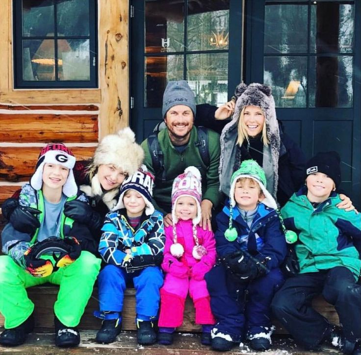 Sibling Love! Kate and Oliver Hudson Take Their Kids Skiing Together – See the Family Photo