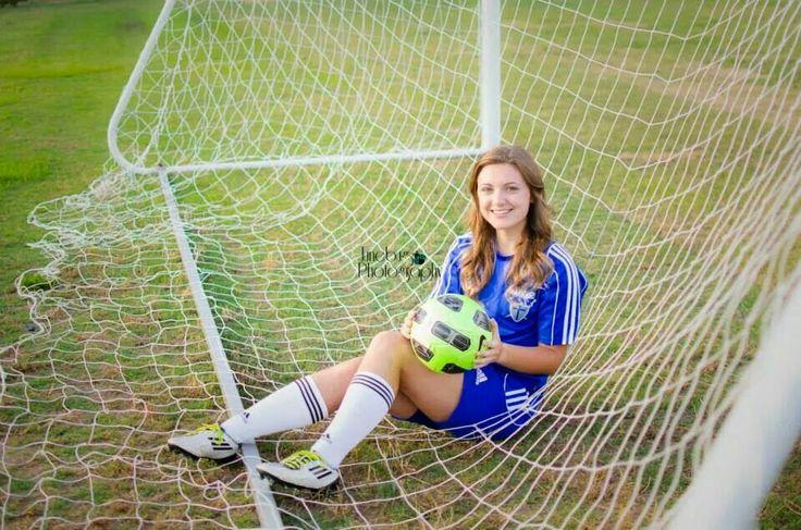high school senior pictures girl, soccer, sports, goal