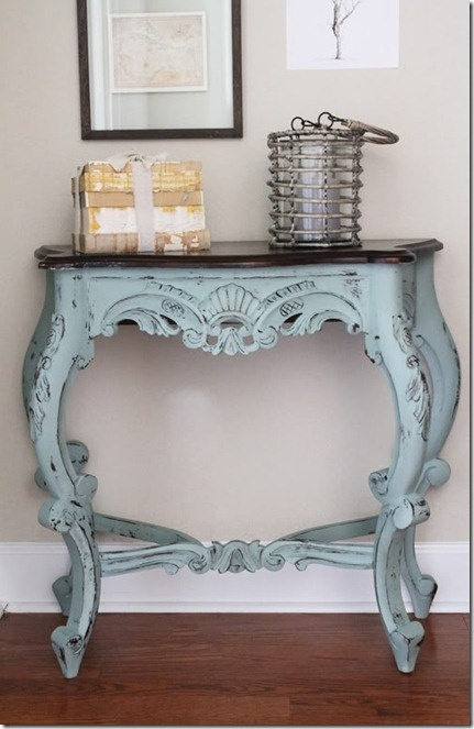 Love this table!: Perfect Imperfect, Chalkpaint, Antiques Furniture, Color, Hall Tables, Annie Sloan, Chalk Paintings Furniture, Ducks Eggs Blue, Furniture Ideas