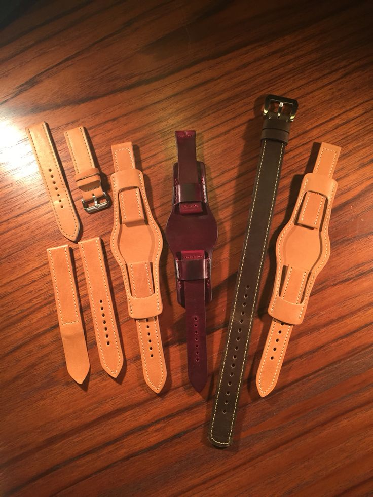 Custom watch straps and wallets from 922Leather.com