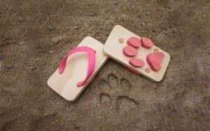 Sandalerna som lämnar tassavtryck i sanden!