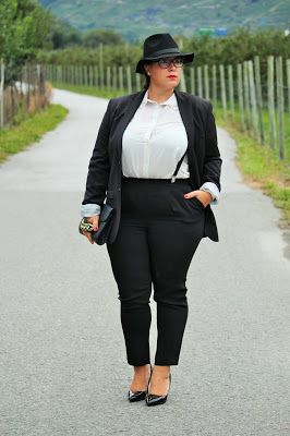 A Plus Size Girl Who Loves Fashion: French Curves Challenge - BOYISH  Chemise/ Camisa: H&M Pantalons/ Calças: C&A Blazer: H&M Men Bretelles/ Suspensórios: H&M Men  Fedora: H&M Men Escarpins/ Sapatos: Yendi Switzerland Lunettes/ Óculos: Vogue Pochette: H&M Boucles d'oreilles/ Brincos: C&A Bague/ Anel: Primark