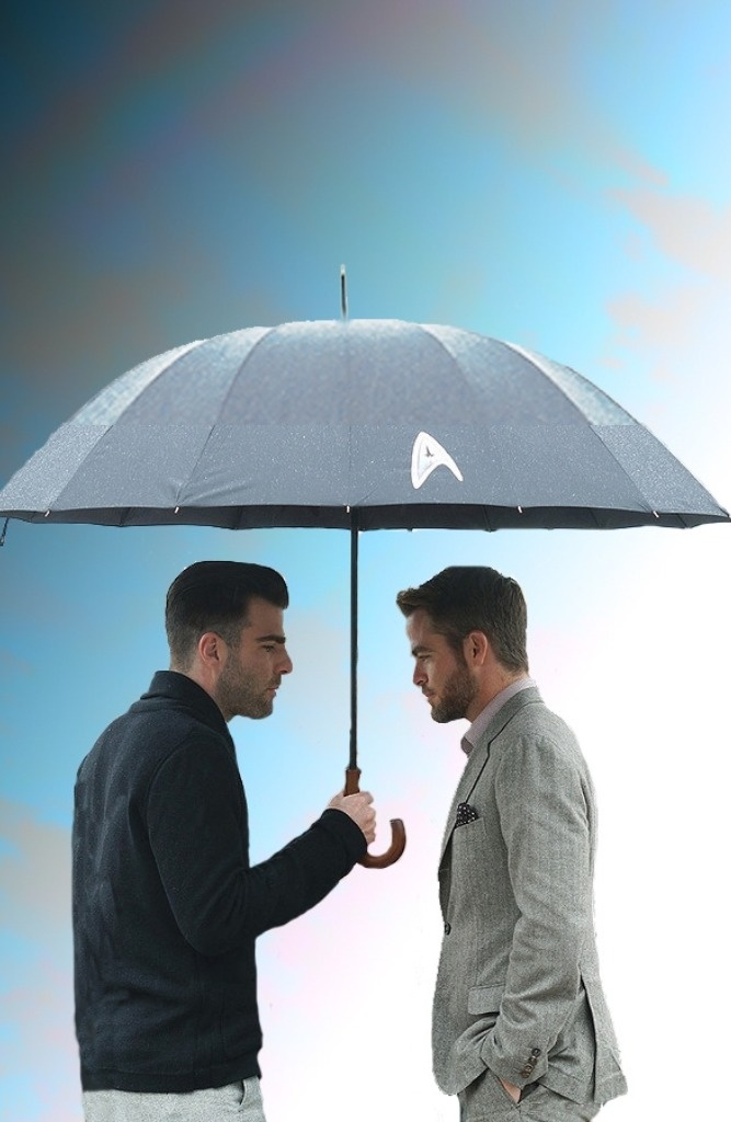 Zachary Quinto and Chris Pine-oh my god I love this picture!!