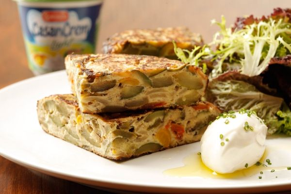 Receta Tortilla de morrones y zucchinis de Casancrem