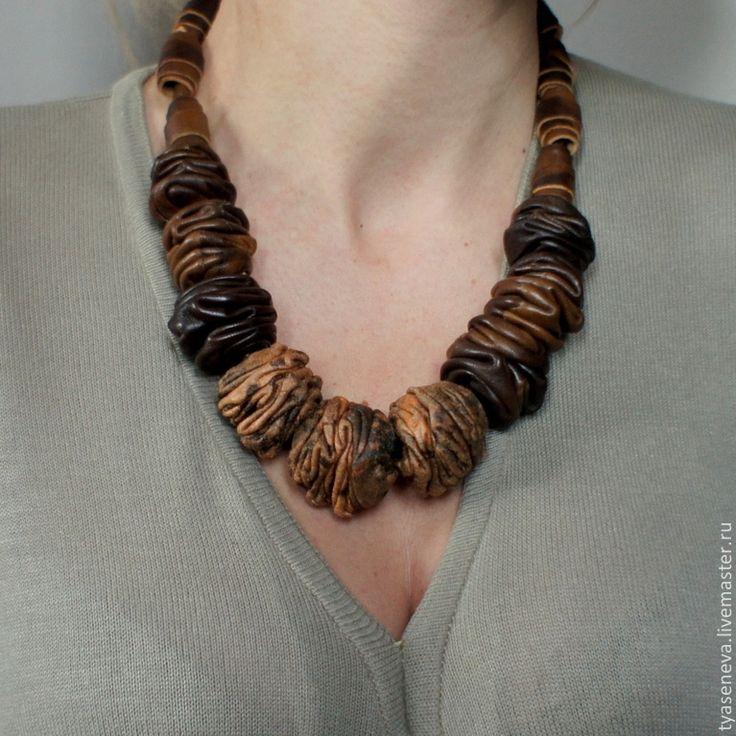 Коричневые кожаные бусы 1 - коричневый,бусы,кожаные бусы,кожаная бижутерия