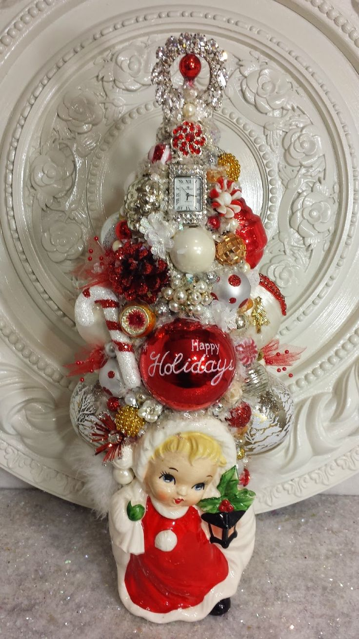 Ms Bingles Vintage Christmas: Disney's Frozen Christmas Display and More Bottle Brush Tree's...