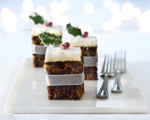 Individual Christmas cakes - Good Food channel ideas for Christmas hampers
