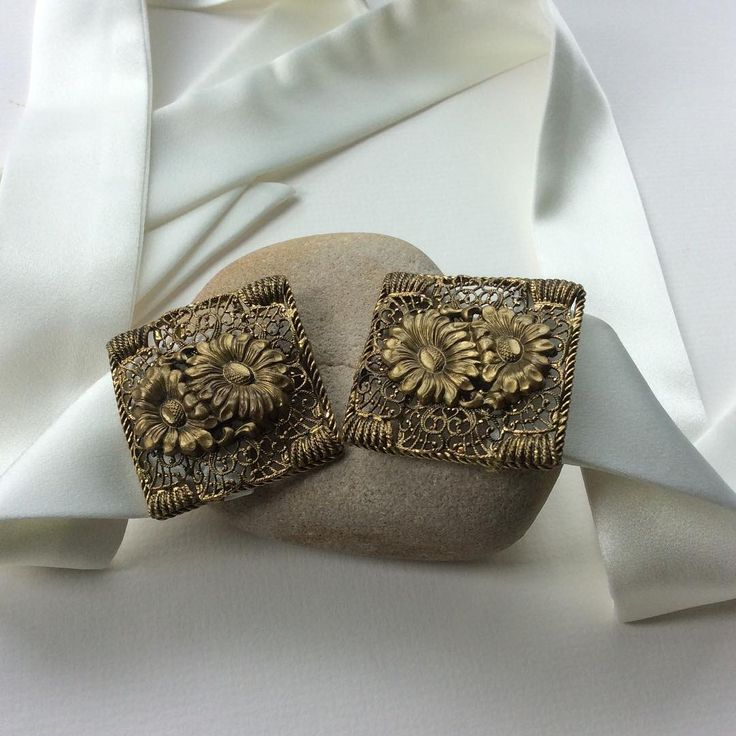 Vintage buckle with a sash belt for this gorgeous bridal accessory, bring a little bit of the olden golden days into a modern day wedding. Visit www.bluelilymagnolia.co.uk for enquiries xx