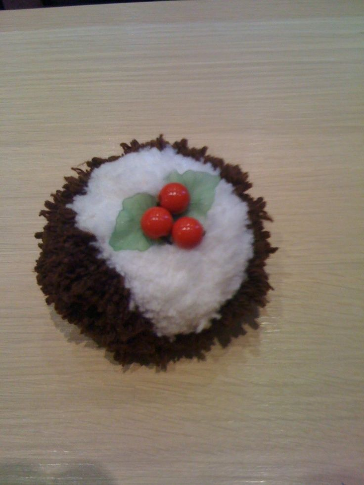 christmas pudding pom poms - Google Search