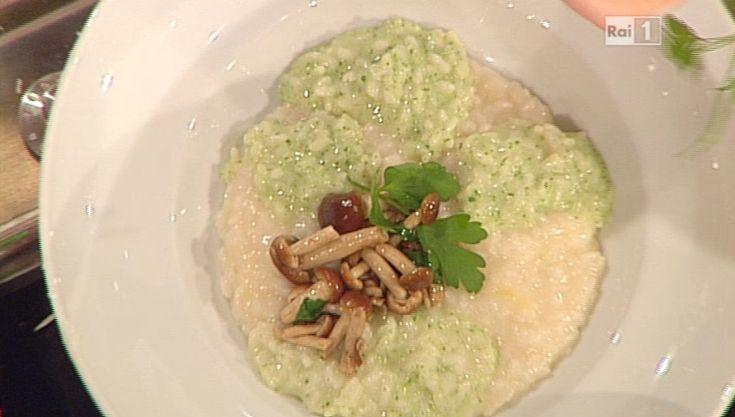 La ricetta del risotto con pesto di prezzemolo e funghi di Sergio Barzetti del 14 gennaio 2015 – La prova del cuoco