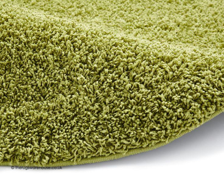 Vista Green Circle Rug (texture close up), a budget modern shaggy rug in green (100% polypropylene, machine-woven, 133cm (4ft4' Circle)) http://www.therugswarehouse.co.uk/round-rugs/vista-circle-rugs/vista-green-circle-rug.html