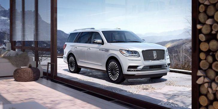 2018 Lincoln Navigator White