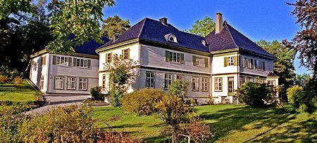 Orninggård, Vidsteensvegen 11, 5417 Stord, Norway - Bolig for sorenskriveren i Sunnhordland fra 1912. Oppført 1912.