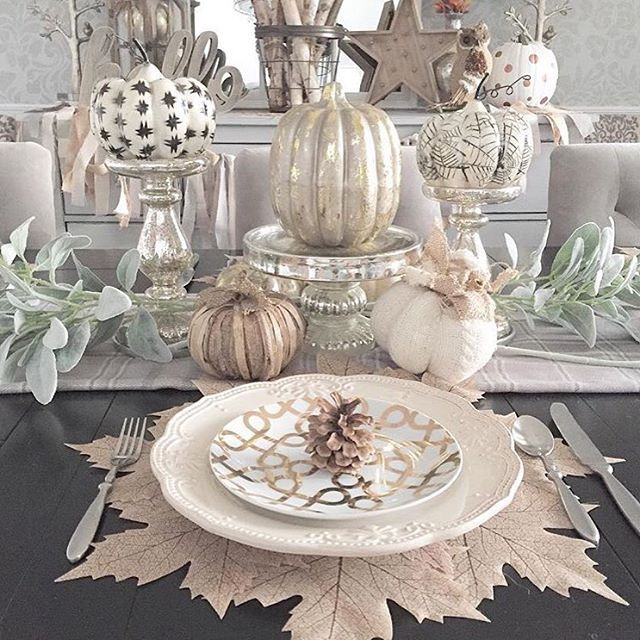 Seeing everyone's amazing Fall decor pictures has me itching to get our Fall bins out of the garage! I was looking back on my decor from last year & thought I'd share this #tablescape. I wonder what I'll come up with for this year 🤔