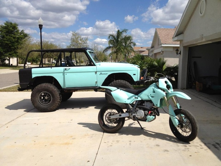 Tiffany Blue Line-x Early Bronco. Love anything in Tiffany Blue :)