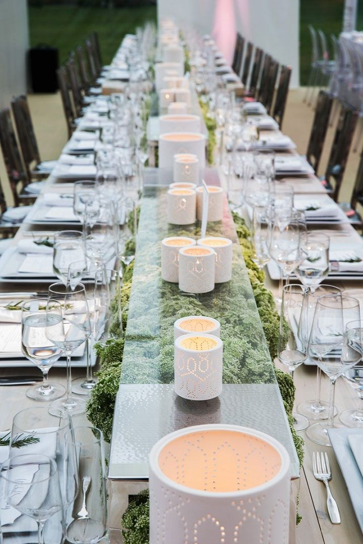 Cool and modern centerpiece ~ we ❤ this! moncheribridals.com