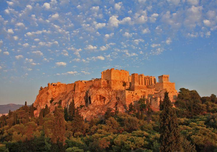 L'Acropole d'Athènes et le Parthénon en Grèce                              …