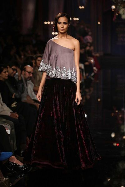 Manish Malhotra Latest Designer Saree Collection 2018 2019: 201 Best Images About Crop-top Skirt On Pinterest