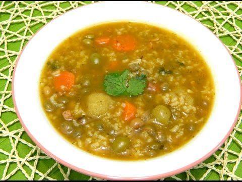 Asopao (Sopon) de gandules con bolitas de Platano or Pigeon Pea Soup - YouTube