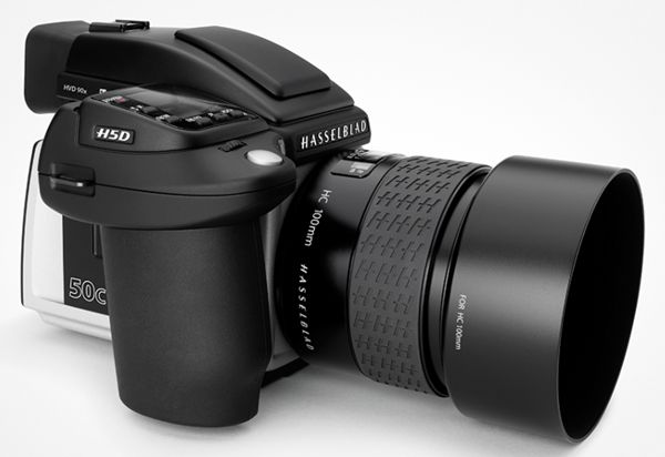 Hasselblad has officially launched the H5D-50C CMOS camera at an initial price of €20,900 (excl. tax) and available worldwide. The hasselblad h4d-50c features