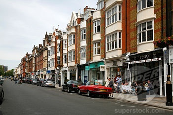 The parade of ultra chic shops along the St. John's Wood High Street, just around the corner from Winfield House. I managed to buy shoes, of course.