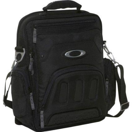 Amazon.com: Oakley Mens Vertical Messenger Bag (Black)