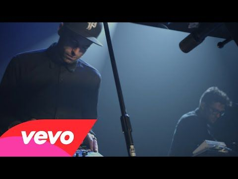 ▶ Phantogram - Fall In Love (Vevo LIFT Live): Brought To You By McDonald's - Love.