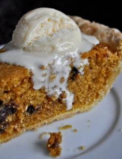 Pumpkin Chocolate Chip Pie #chocolatechip #pumpkin #desserts #pie #fall