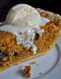 Pumpkin Chocolate Chip Pie #chocolatechip #pumpkin #desserts #pie #fall