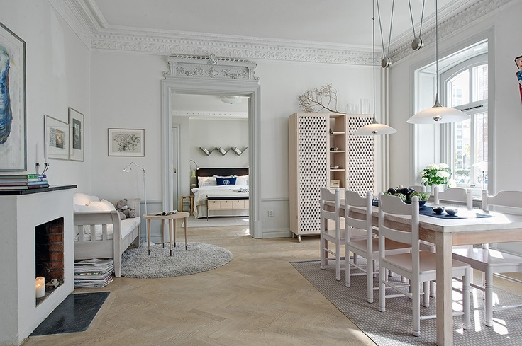 Vitsåpad herringbone parquet running through the rooms | Alvhem Brokerage and Interiors