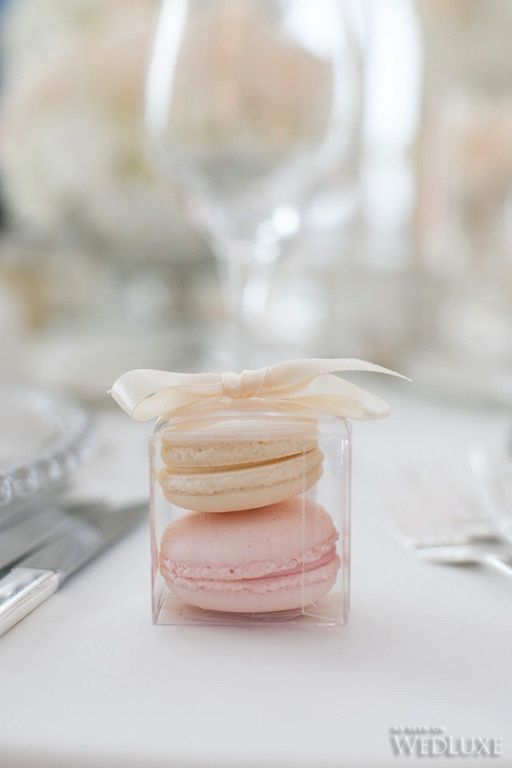 A Timeless, White Wedding with a fun sweet treat!