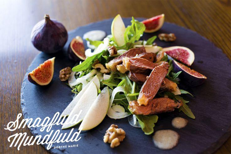 Bøfsalat med friske figner og ostesauce