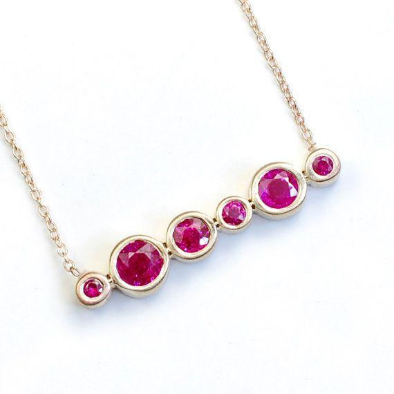 Ruby Necklace Ruby Jewelry Gold Ruby Necklace July por NIXIN, $1070.00