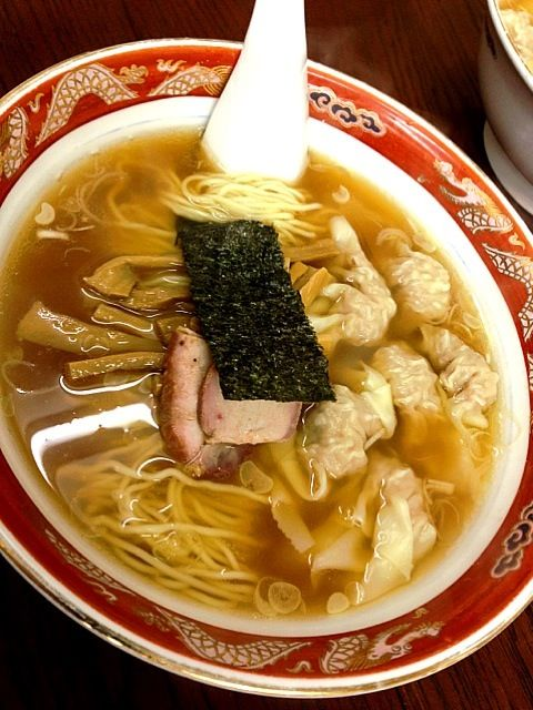 支那そばワンタン麺