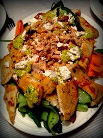 Een heerlijke en redelijk snel gerecht uit Jamie's 15 minute meals. Reken hiervoor 20-30 minuten en het staat op tafel. De salade is kruidig...