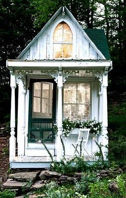 In.good.style: Fabulous: A Tiny Victorian Cottage