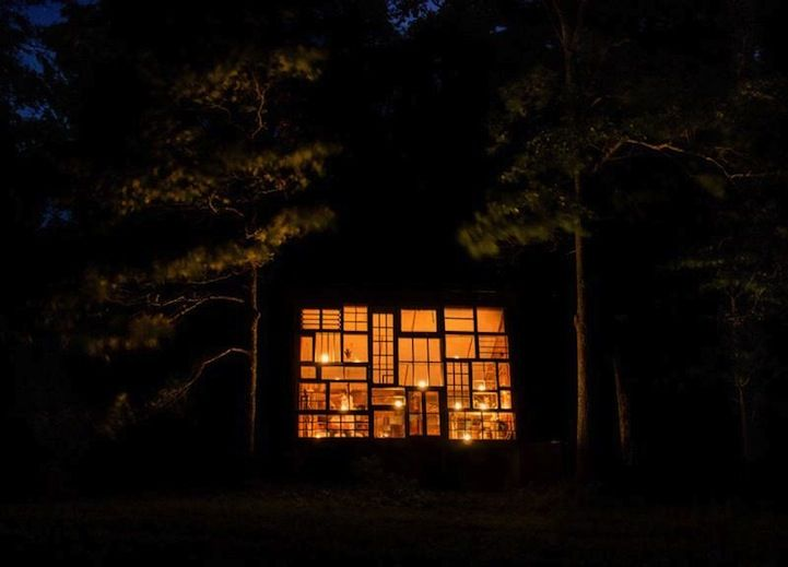 Charming Cabin Built for $500 with Repurposed Windows