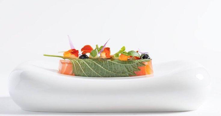 Rácz Jenő kilenc éve főz külföldön, másodszor kapta meg a Michelin-csillagot Taian Table éttermével. Próbálkozott a hazatéréssel is, de inkább nem gondolkodik Budapestben.