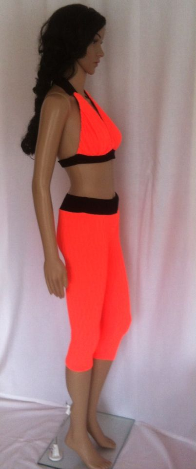 Sport Outfit orange 50€