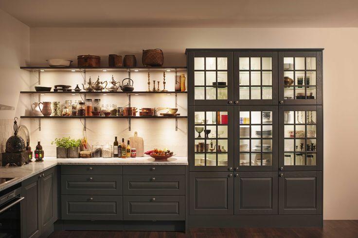 Kjøkkenmodell: Herregaard eik, farge: S7500-N.
