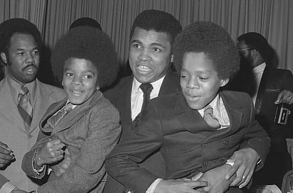 Celebrity News UPDATE: Muhammad Ali has passed away at age 74 - Page 6
