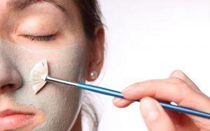 Ti offriamo per corpo e viso vari trattamenti  all'acido glicolico e collagene  a partire da 20 euro