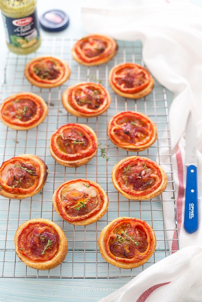 pizzette-di-pasta-sfoglia-sciue-sciue-pomodoro-pomodoro