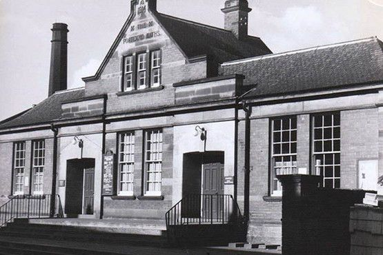 Portland Baths in Muskham Street, pictured in 1970. The baths were opened in 1914