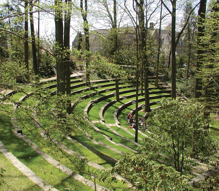 Just southwest of Philadelphia, Swarthmore's Scott Arboretum nurtures idyllic gardens of hydrangea, lilacs, and tree peonies and a courtyard devoted to fragrant trees and shrubs.