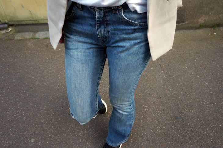 http://www.l-autruche.com/2014/05/jeans-flare-levis-525/