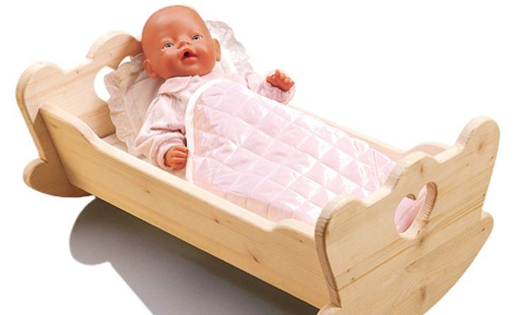 Einfach, schnell und selbst für Laien zu bewerkstelligen: Wir zeigen Ihnen, wie Sie in nur wenigen Schritten eine Puppenwiege selber bauen