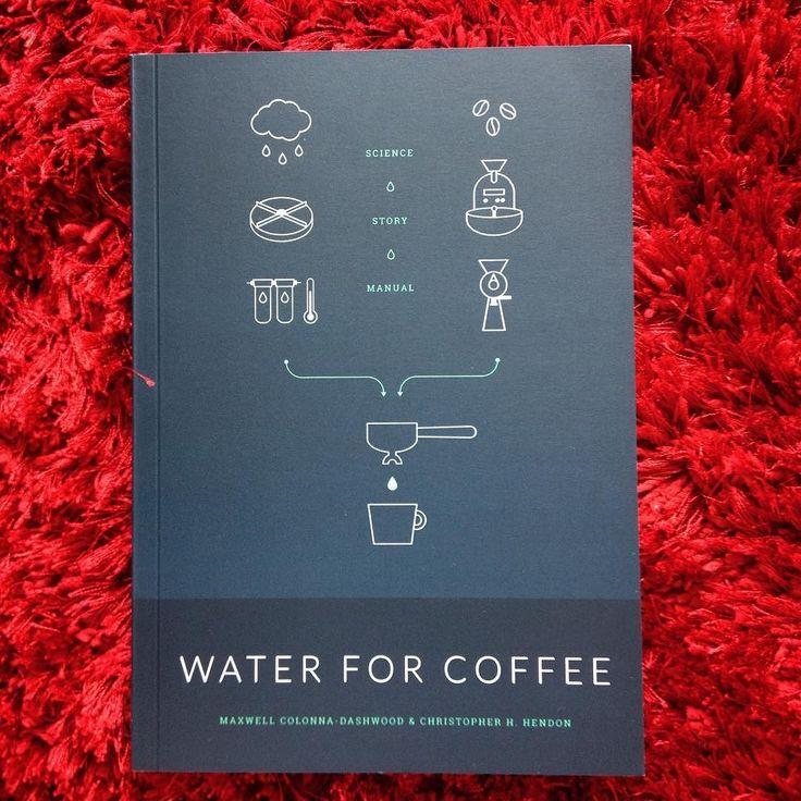 Uff! Things is getting serious! Opa ÁGUA NO CAFÉ  já que aproxima. 98% do café é água melhor saber mais sobre ela ! #mestrecafeeiro #maxwell #waterforcoffee #aguanocafe #cursos #cursodecafe #cafeteria #sjc Fomos marcados nessas fotos ! obrigado !